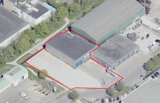 Verstrekte hypothecaire lening op een bedrijfsruimte bestemd voor de verhuur te Nieuw-Vennep