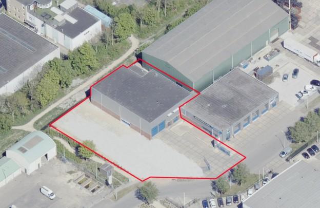 Te verstrekken hypothecaire lening op een bedrijfsruimte bestemd voor de verhuur te Nieuw-Vennep