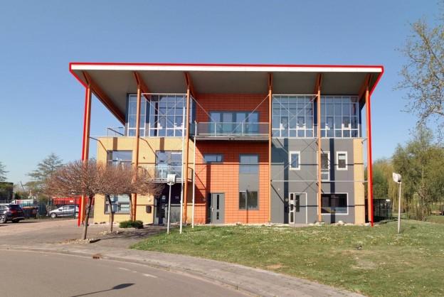Te verstrekken hypothecaire lening op een kantorenverzamelgebouw bestemd voor de verhuur te Drachten