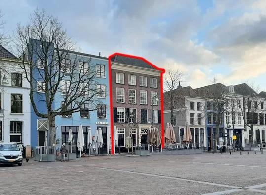Te verstrekken hypothecaire lening op een horecagelegenheid met twee appartementen en vier studio's met exitfee van € 10.950,- bestemd voor de verhuur te Deventer