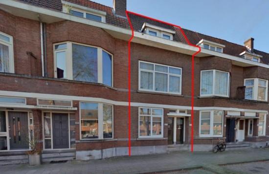 Twee woningen een tweetal woningen bestemd voor de verhuur te Rotterdam